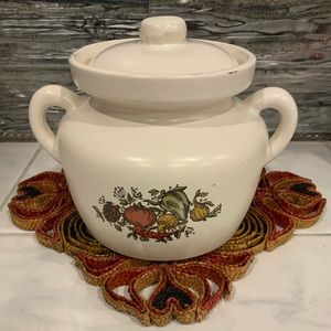 Vintage McCoy 1qt. Bean pot